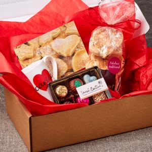 Fabulous Welshcakes Love and cakes hamper gift set